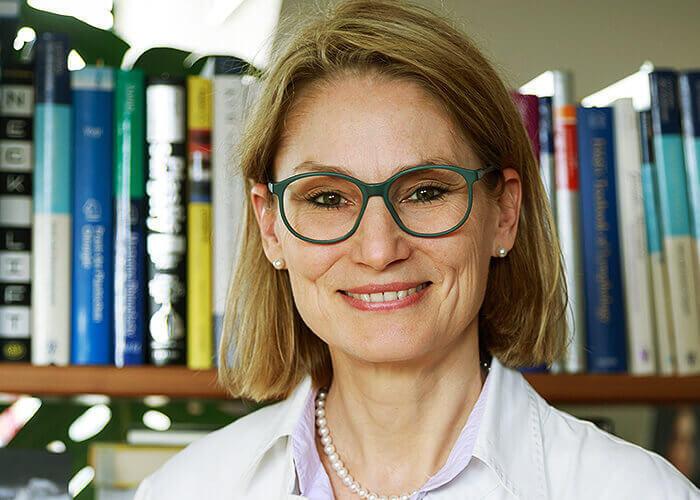 prof dr. dr ursula irastschijski